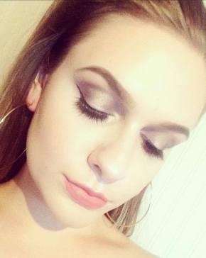 Makeuppp.jpg
