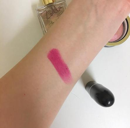 Mac flat out fabulous swatch